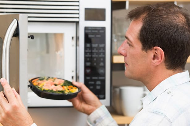 7 Foods You Should Never Reheat With A Microwave Shopcoupons